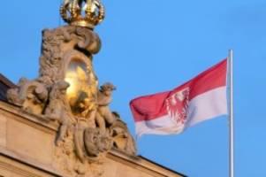 Gesundheit: Landtag stellt Weichen für mögliches Notparlament