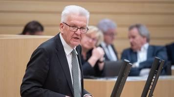 kretschmann: wir opfern keine freiheitsrechte