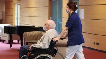 Coronavirus-Krise – Schutzmasken fehlen: Lage in Pflegeheimen dramatisch