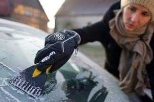 die krux mit dem kratzen: was autofahrer im winter beachten sollten