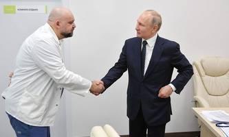 Putin verzichtet nun doch aufs Händeschütteln