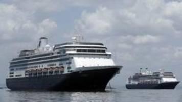 Kreuzfahrtschiff: Trump will im Fall Zaandam vermitteln
