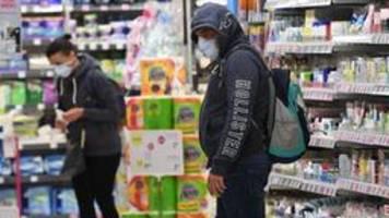 Maskenpflicht in Österreichs Supermärkten: Unternehmen in Zeitnot