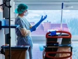 Gesundheitssystem: Tausende Ärzte und Pflegekräfte mit Coronavirus infiziert