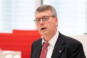 Waffen: Waffenbesitzer: BVB/Freie Wähler fordern kürzere Überprüfung