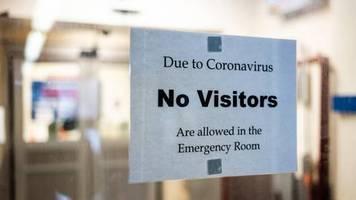 Kontaktverbot wegen Corona: Kinder müssen sich per Walkie-Talkie von ihrer sterbenden Mutter verabschieden