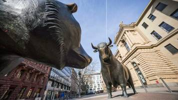 Coronakrise: Dutzende Prognoseänderungen an Deutscher Börse