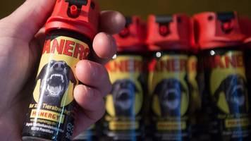 Coronakrise in der Waffenbranche: Mit Pfeffer gegen die Angst