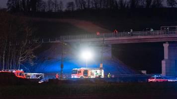 südlich von freiburg: güterzug-unfall auf rheintalstrecke