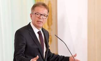 Live ab 10 Uhr: Gesundheitsminister Anschober über aktuelle Entwicklungen