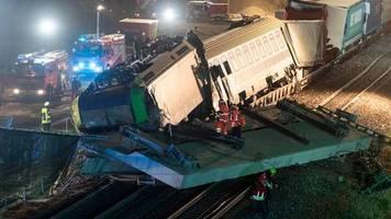 zugunglück: güterzug-unfall in auggen: landeskriminalamt ermittelt