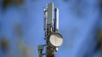 Sorgen vor Strahlenbelastung: Bundesregierung will mit Kommunen «5G-Skeptiker» überzeugen