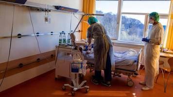 news zum coronavirus: die zahl der toten steigt in deutschland auf über 1000