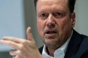 Gesundheit: Bestattungen: CDU-Fraktion will Lockerung der Corona-Regeln