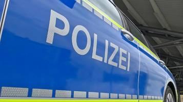 gewaltverbrechen vermutet: drei tote in einem haus in bayern gefunden