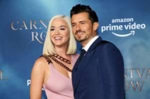Nachwuchs: Katy Perry verkündet Geschlecht ihres Babys mit süßem Foto