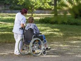 steuerfreie wertschätzung: bayern will pflegekräften bonus zahlen