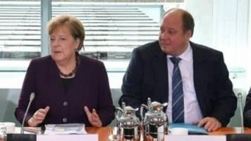 Kanzleramtschef: Höhepunkt der Corona-Krise kommt erst noch