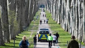 Polizei meldet deutschlandweit Verstöße gegen Corona-Kontaktsperre
