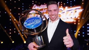 Ramon gewinnt DSDS: Kaselowsky oder Roselly: Wie heißt der neue Superstar denn nun?