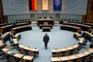 Gesundheit: Berliner Parlamentsausschuss tagt zur Corona-Krise