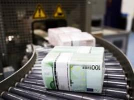 Meinung am Mittag: Corona-Krise: Es ist doch nur Geld