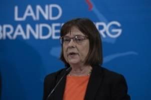 Gesundheit: Nonnemacher: Corona-Ausbruch in Klinik größte Sorge