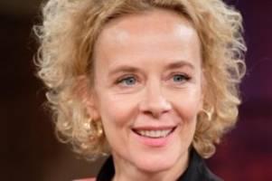 Gesundheit: Katja Riemann bei Corona-Krisen Hotline zu hören