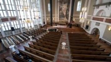 karfreitag: gottesdienste, wie sie niemand kennt