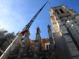 wiederaufbau weiter im zeitplan: macron hält an plänen zu notre-dame fest