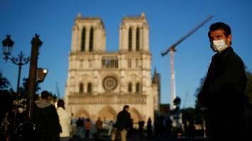 paris: macron will trotz corona notre-dame innerhalb von fünf jahren wiederaufbauen