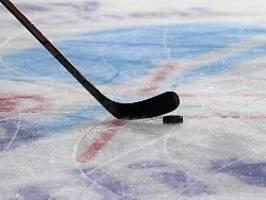 skurriler start der eishockey-wm: champion erst nach dem tod