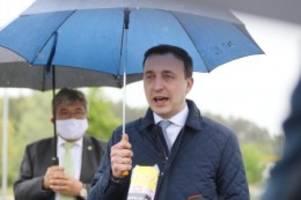 gesundheit: cdu-generalsekretär kritisiert grenzkontrollen von polen