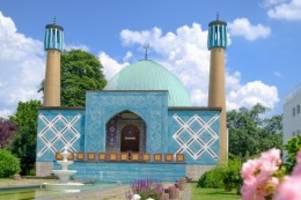 blaue moschee: cdu-politiker wirft izh nähe zu terrororganisation vor