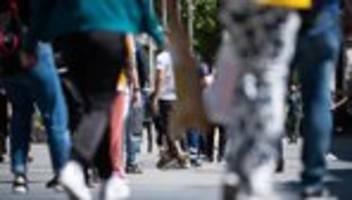 coronavirus in deutschland: die vorsicht scheint vorbei