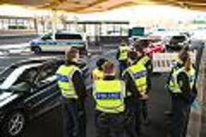 kontrollen bis 15. mai verlängert - grenzkontrollen seit samstag gelockert: wann grenzen wieder öffnen
