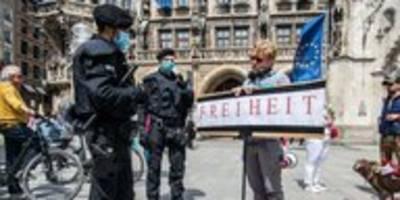 Protest gegen Corona-Maßnahmen: Bloß nicht ignorieren!