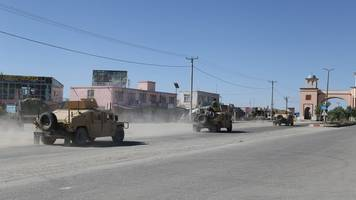 Taliban-Angriff vermutet: Viele Tote nach erneuter Anschlagsserie in Afghanistan