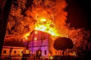 gestüt und springstall: großbrand auf grönwohldhof von manfred von allwörden