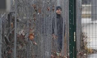ungarische regierung schließt umstrittene transitzone für migranten