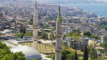 izmir : bella ciao aus mehreren moscheelautsprechern abgespielt – staatsanwaltschaft ermittelt
