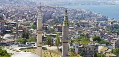 """plötzlich erklingt """"bella ciao"""" von den minaretten"""