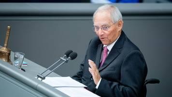 Schäuble: Corona-Krise gut gemeistert - Lob für Kretschmer