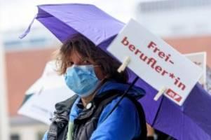 corona-krise: soforthilfe: freiberufler wollen ausweitung und verlängerung