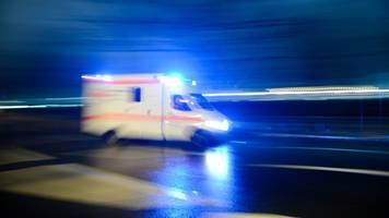 achtjähriges mädchen bei frontalzusammenstoß schwer verletzt