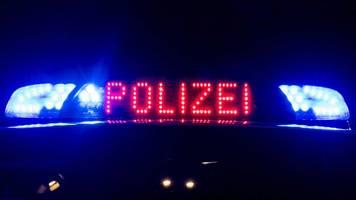 Mann springt bei SEK-Einsatz aus Fenster: Schwer verletzt