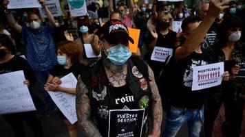 corona-demos in spanien – tausende fordern sánchez' rücktritt