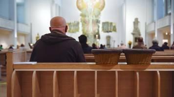 Corona-Krise: Zahlreiche Infektionen nach Gottesdienst in Frankfurt