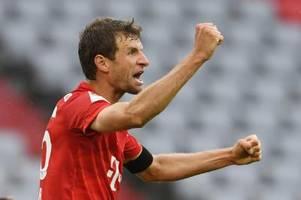 FC Bayern gewinnt turbulentes Torfestival - Hinteregger trifft dreimal
