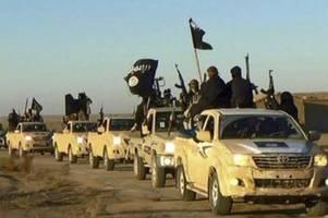 Deutsche IS-Anhänger sitzen in Syrien fest: Angehörige können nur warten